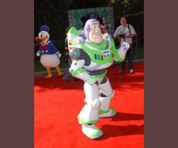 https://cf.ltkcdn.net/movies/images/slide/213138-600x500-Toy-Story.jpg