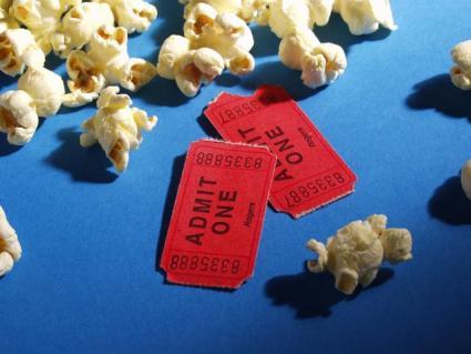 Movie_tix_popcorn.jpg