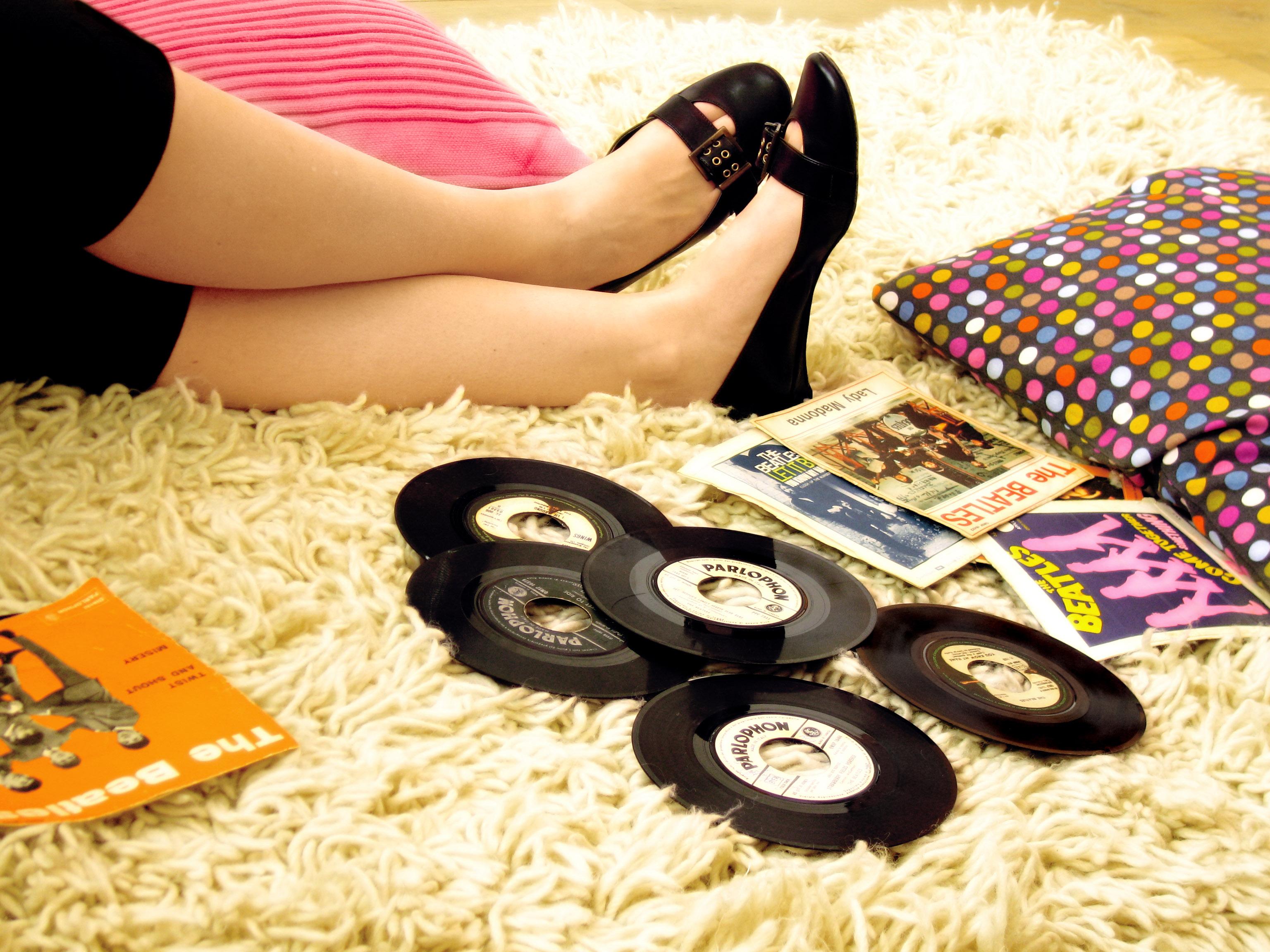 Where to Find Free Oldies Music Online | LoveToKnow
