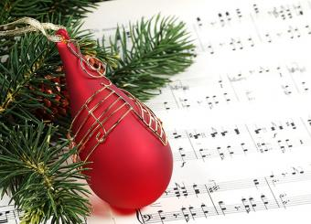 Christmas ornament with music
