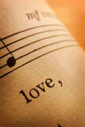There are well more than 100 love songs!