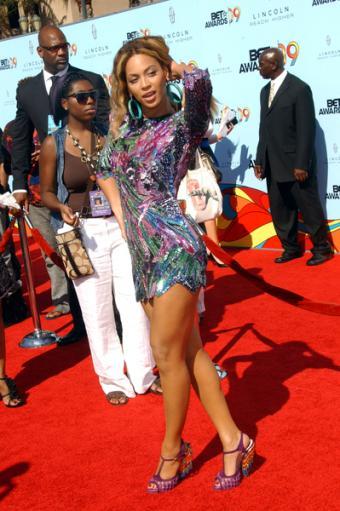 https://cf.ltkcdn.net/music/images/slide/93532-399x600-Beyonce4.jpg