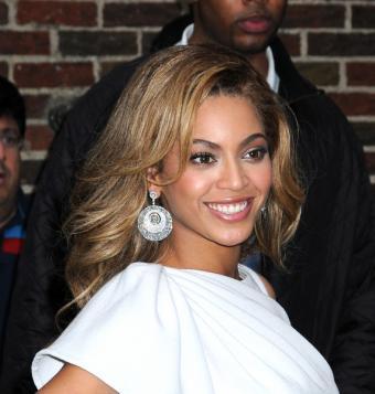 https://cf.ltkcdn.net/music/images/slide/93533-571x600-Beyonce5.jpg