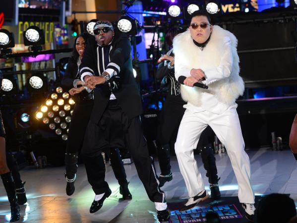 Psy performs with MC Hammer