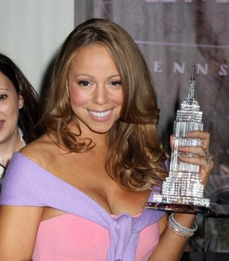 Mariah Carey with award
