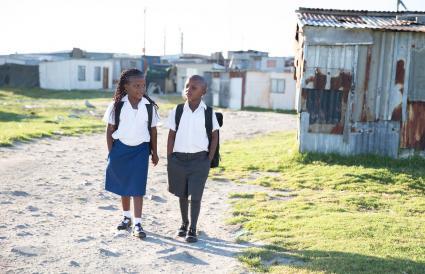 Uniformes escolares en África