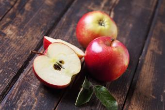 Do Organic Apples Contain Wax?