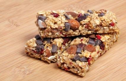 chocolate chip organic granola bar