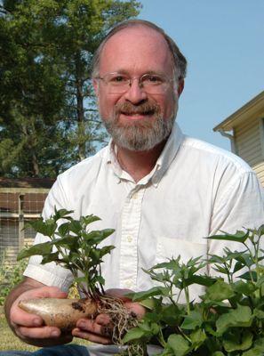 Author and Master Gardener Don Rosenberg