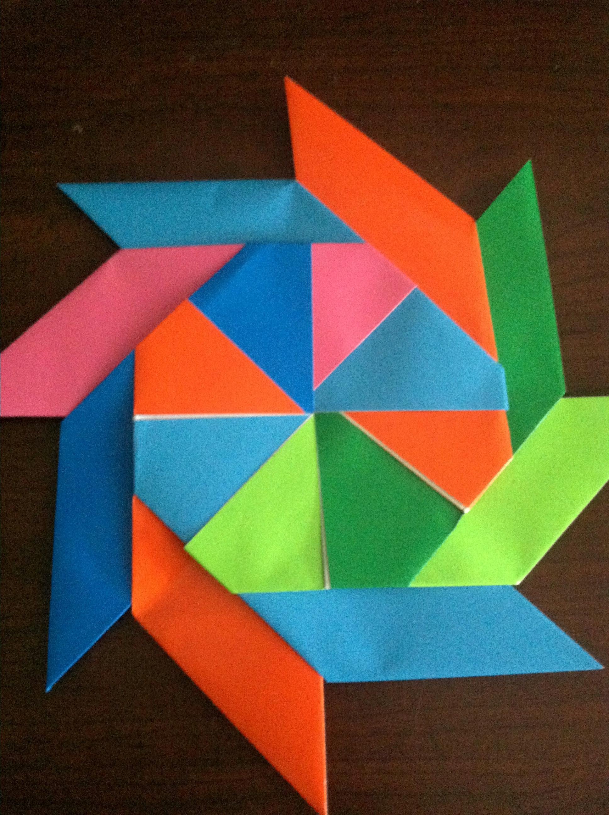 Make An Easy Origami Wreath Foldupsword Sword Diagram
