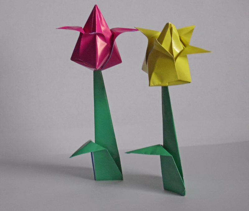 How to make: Origami Tulip Flower| Easy Paper Flowers | Origami ... | 678x800