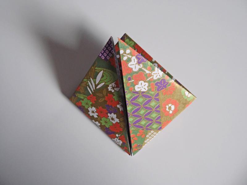 https://cf.ltkcdn.net/origami/images/slide/180857-800x600-balloon-05.JPG