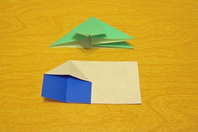 https://cf.ltkcdn.net/origami/images/slide/62697-693x462-Squash-Fold.jpg