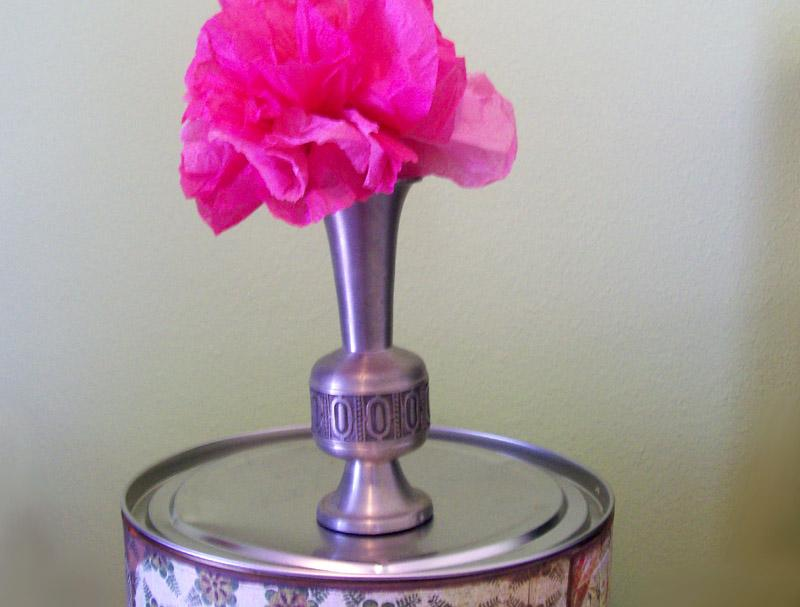 Instructions to make simple tissue paper flowers lovetoknow instructions to make simple tissue paper flowers mightylinksfo