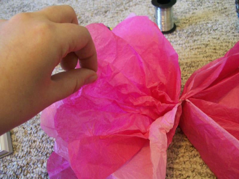 Instructions To Make Simple Tissue Paper Flowers Lovetoknow