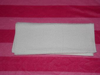 https://cf.ltkcdn.net/origami/images/slide/170405-800x600-towel-bunny-05.JPG