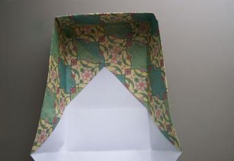https://cf.ltkcdn.net/origami/images/slide/62690-700x479-6.jpg