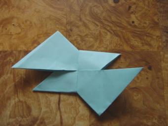 https://cf.ltkcdn.net/origami/images/slide/62745-500x375-Star12.jpg