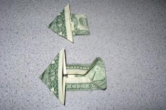 https://cf.ltkcdn.net/origami/images/slide/62760-600x400-Step-7.JPG