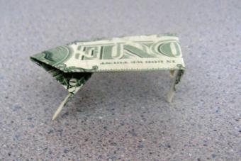 https://cf.ltkcdn.net/origami/images/slide/62764-600x400-Step-10.JPG