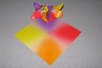 https://cf.ltkcdn.net/origami/images/slide/62790-600x400-Slide-1.jpg