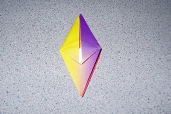 https://cf.ltkcdn.net/origami/images/slide/62795-600x400-Slide-6.jpg