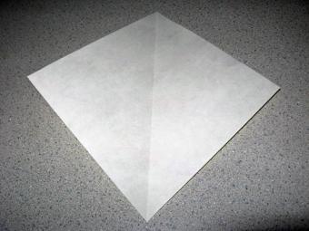 https://cf.ltkcdn.net/origami/images/slide/62890-600x450-Slide-4.jpg