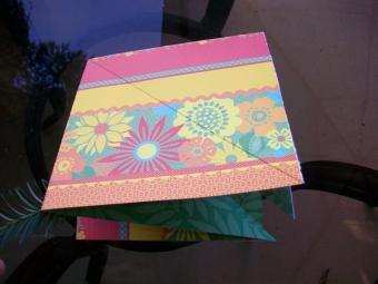 https://cf.ltkcdn.net/origami/images/slide/63037-800x600-OrigamiBox_LoveToKnow2.jpg