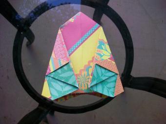 https://cf.ltkcdn.net/origami/images/slide/63045-800x600-OrigamiBox_LoveToKnow11.jpg