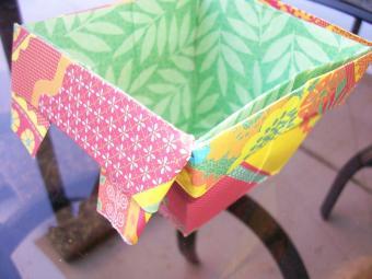 https://cf.ltkcdn.net/origami/images/slide/63053-800x600-OrigamiBox_LoveToKnow20.jpg