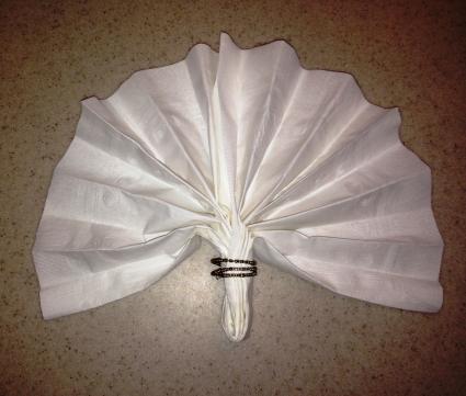 Fan napkin ring fold