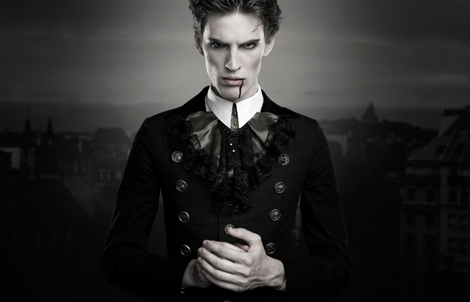 vampiri Kanchelsis nella forma del Dissoluto - by Karen Frazier, Nicholas Pell //paranormal.lovetoknow.com// © dell'autore