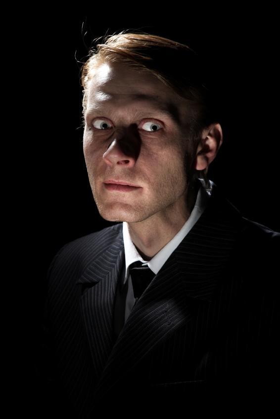 https://cf.ltkcdn.net/paranormal/images/slide/10986-566x848-franz1.JPG