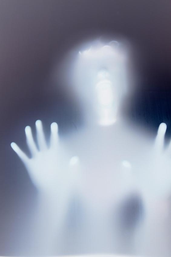 https://cf.ltkcdn.net/paranormal/images/slide/11076-565x850-Touched_by_a_spirit.jpg