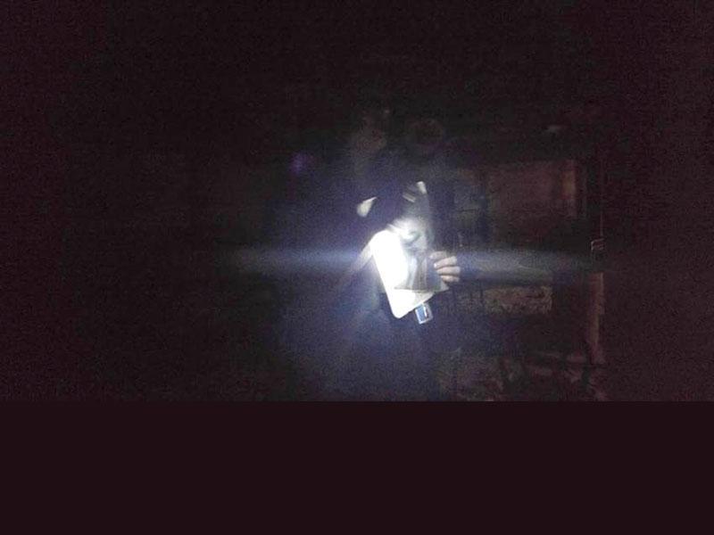 https://cf.ltkcdn.net/paranormal/images/slide/197651-800x600-White-Light-Kenton-Station-Ghost.jpg