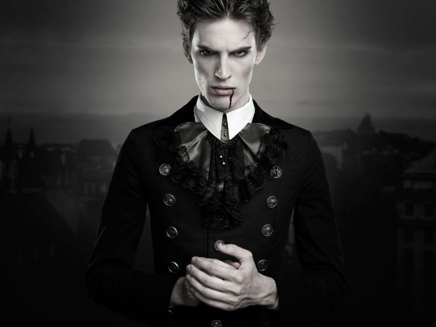 https://cf.ltkcdn.net/paranormal/images/slide/240221-850x638-male-vampire-portrait.jpg