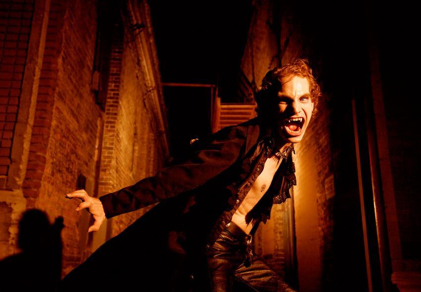 https://cf.ltkcdn.net/paranormal/images/slide/245968-850x589-super-strength-vampire.jpg