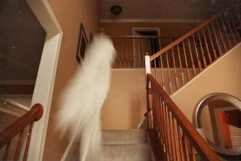How to Catch Ghosts on Camera: 13 Tips for Success