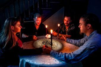Starting ouija board session