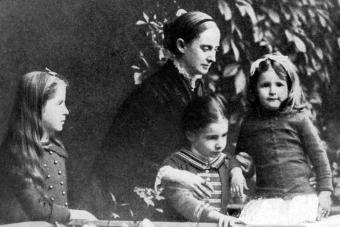 Mark Twain 's wife and children - Getty Editorial Use