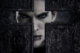 Are There Real-Life Vampires? The Vampire Lifestyle & Its Followers