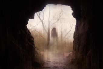 5 Most Haunted Caves in the US for Deep Exploration