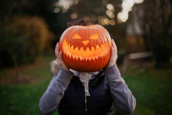10 Halloween Superstitions to Look Out for on All Hallows' Eve