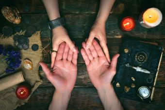 What Does Psychic Mean? Definition and Examples