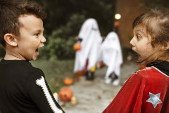 8 Funny Ghost Videos for Spooky Silliness