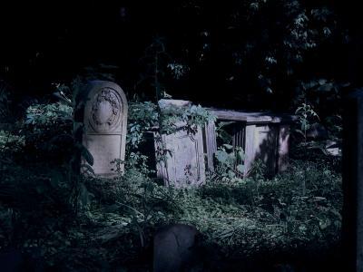 spooky tombstone