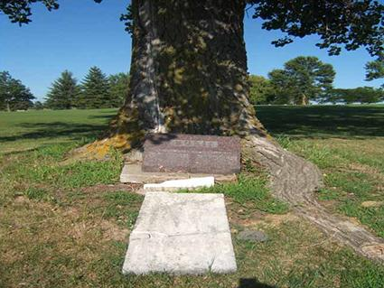 Montgomery Golf Course Grave