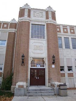 Front entrance of Pocatello High School