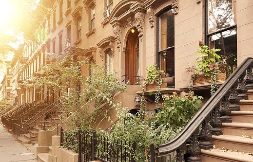 brownstones and townhouses
