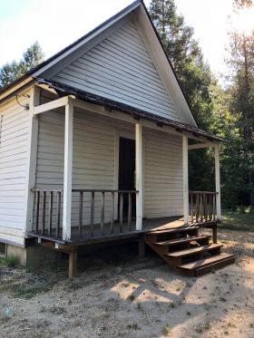 Haunted schoolhouse in Golden, Oregon
